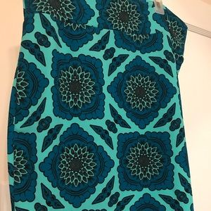 LuLaRoe Cassie Skirt -Teal patterned 2XL